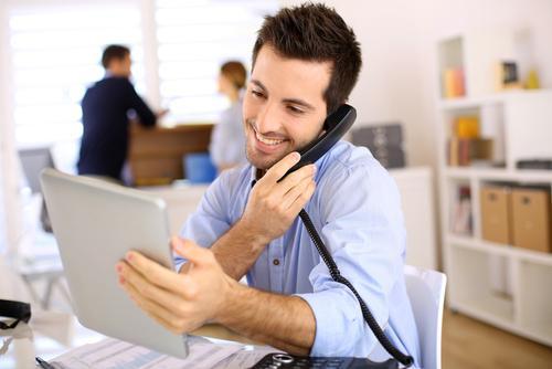 Đào tạo telesales chuyên nghiệp cầm tay chỉ việc ở đâu tốt nhất